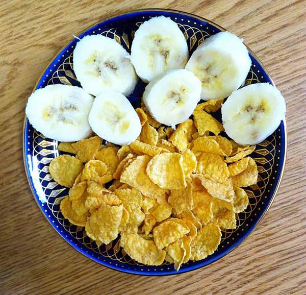 Бананы, кукурузные хлопья