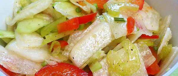 салат из дайкона с помидорами