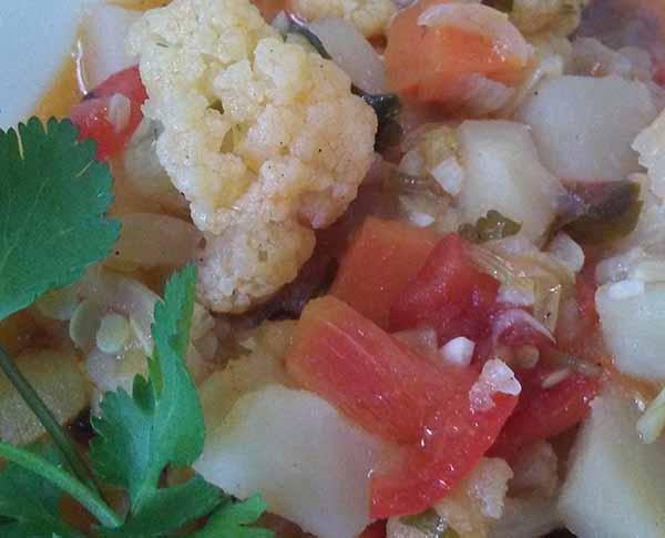 Теплый салат «Овощной привет».