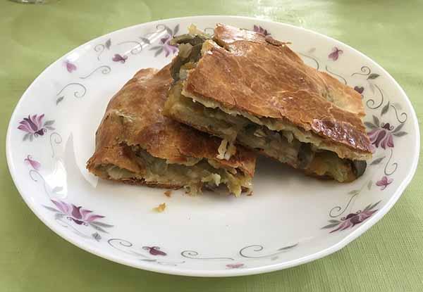 Постный Пирог из квашеной капусты с грибами