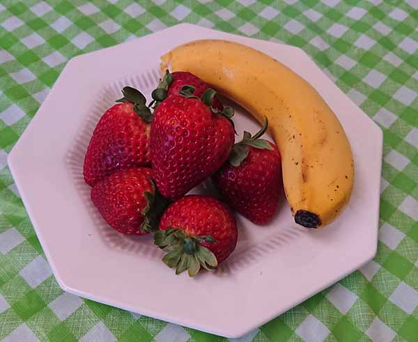 Клубника, банан