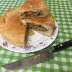 Постный пирог из дрожжевого теста с капустой, шампиньонами и морковью.