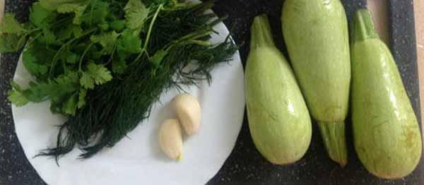 Кабачки, зелень, чеснок